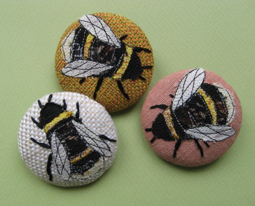 garden and bee brooches 095