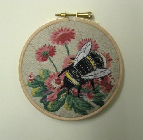 4 inch bee hoop 015