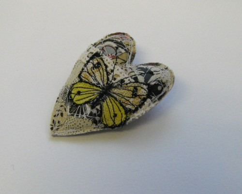 grey and yellow heart brooch plus fabric 029